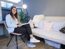 Britt (25) opent praktijk voor hypnotherapie in Oldenzaal: 'Niet zweverig'
