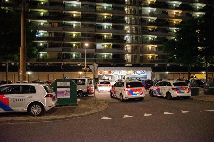 Veel politie bij de vechtpartij in Arnhem.