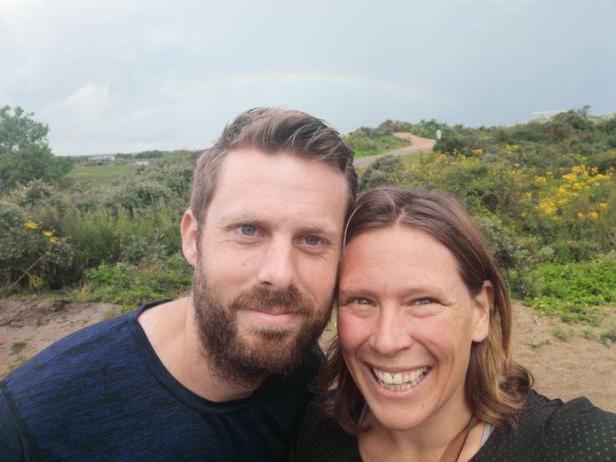 Roelien Piron met haar man Sander.