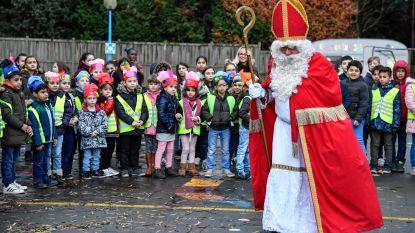 Sinterklaas bezoekt Sportbasisschool