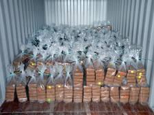Invallen in woningen in grote cocaïnezaak, politie ook in actie in Oss, Lith, Kerkdriel en Hoenzadriel