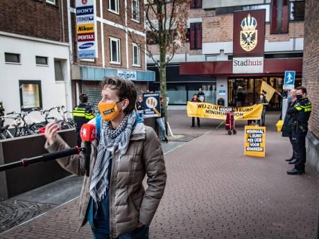 Boa's sturen actievoerders weg na korte 'bezetting'  stadhuis Nijmegen; wethouder wil wél praten met FNV