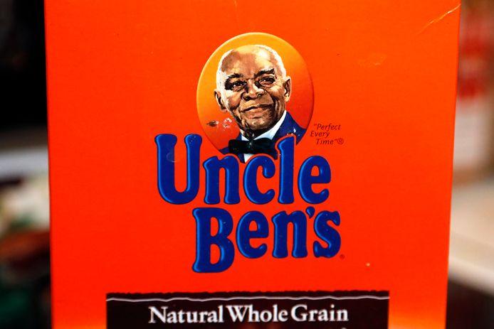 Een zwarte man was jarenlang het gezicht van rijstfabrikant Uncle Ben's. De nieuwe verpakking komt dit jaar in de handel.