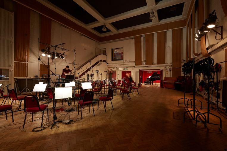 Een van de legendarische opnameruimtes in de Abbey Road Studios. Beeld Photographs by Jan Klos
