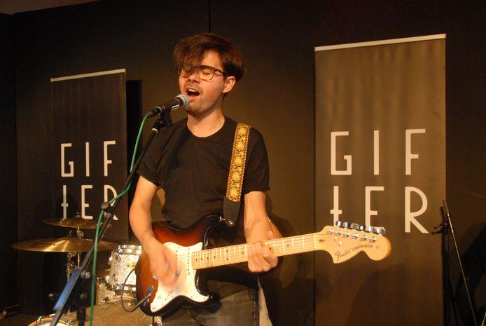 Danny van der Wielen, zanger/gitarist bij de band Gifter