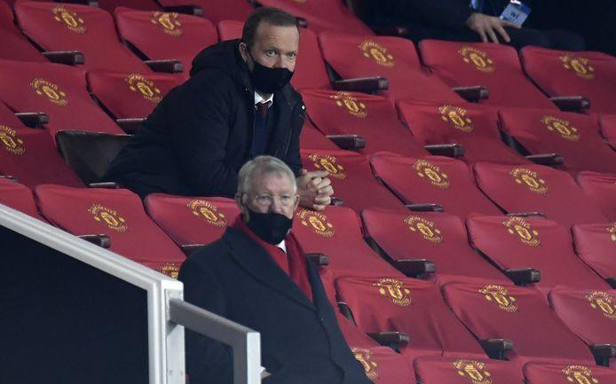 Sir Alex Ferguson in de tribunes van Manchester United.
