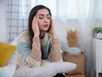 Duur migrainemedicijn wordt sinds kort terugbetaald: hoe herken je de aandoening en kan je ze voorkomen?