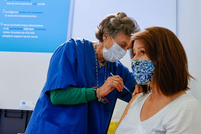 In Flanders Expo wordt ook de komende weken volop gevaccineerd.