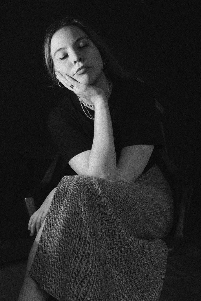 Zelfportret van Elisa Maenhout.