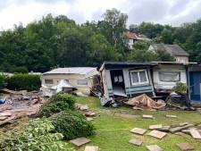 Duitse camping van Enschedese Mèlani weggespoeld door kolkende rivier: 'Caravans dreven langs het raam'