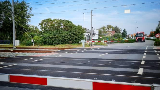 Spooroverweg aan Zeebruggelaan komend weekend onderbroken
