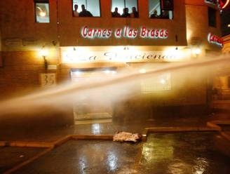 90 gewonde agenten bij studentenbetoging in Chili