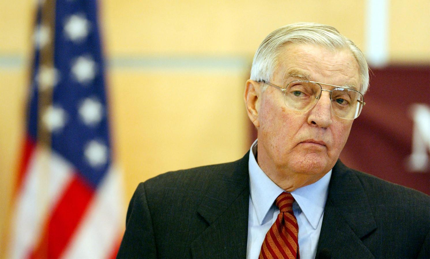Walter Mondale, hier op een foto uit 2002.