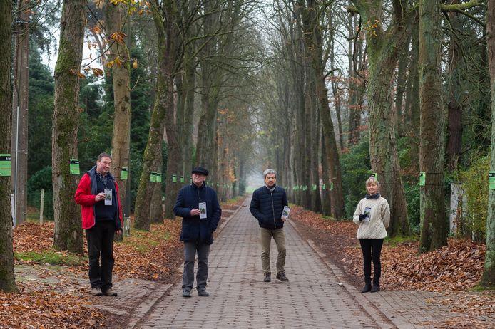 De bewoners van de Mostheuvellaan verspreiden flyers met een route om wandelaars de Mostheuvellaan te laten ontdekken. Zo willen ze meer draagvlak creëren om de historische dreef te behouden