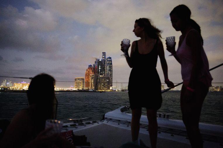 Rijke expats in Abu Dhabi. Beeld Daniel Rosenthal