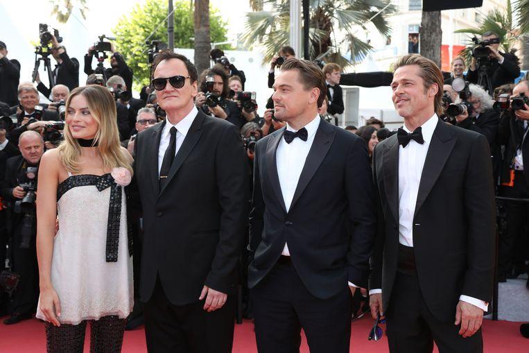 Tarrantino met Margot Robbie, Brad Pitt en Leonardo DiCaprio. Beeld Photo News