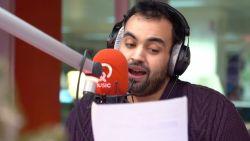"""Comedian Kamal Kharmach overloopt het 2018 in 100 seconden: """"Van Niels Destadsbader raken we nooit meer af"""""""