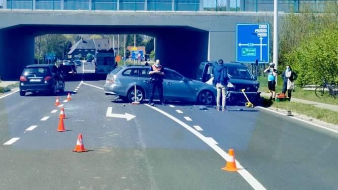 Drie voertuigen betrokken bij aanrijding in Wilsele