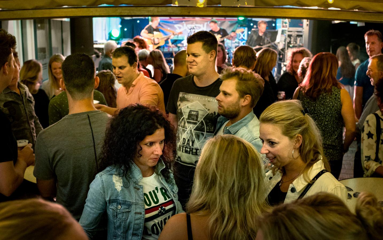 Enige cafe in Ommel is weer open