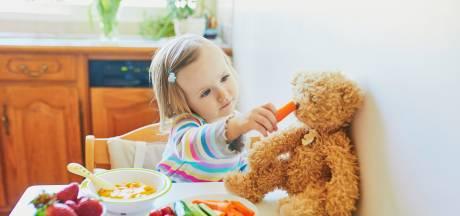 Druif of stukje worst: zo kun je verslikking bij kinderen voorkomen
