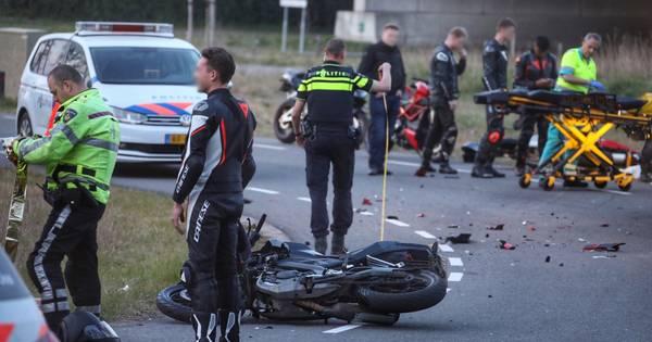 Scooterrijder ernstig gewond bij ongeluk in Lunteren.