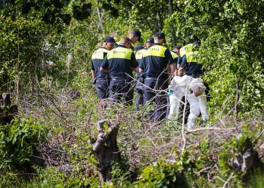 Politie-onderzoek op het landgoed Stoutenburg in Achterveld.