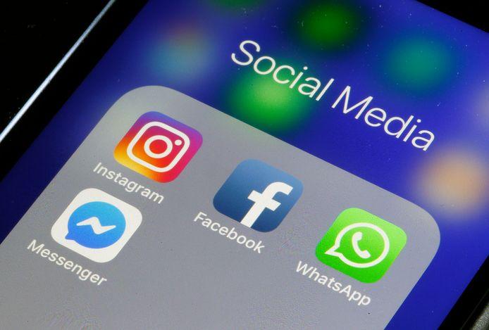 Meerdere landen dreigen met strengere regels voor sociale media.