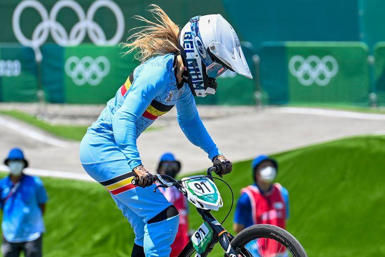 Elke Vanhoof, eerder nog in actie tijdens de kwartfinales van het BMX-toernooi van de Spelen.  (29/07/2021) Beeld Photo News