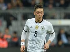 Duitse bond: We hadden Özil beter moeten beschermen
