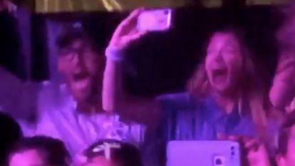 Blake Lively en Ryan Reynolds gaan door het lint bij cameo van hun dochtertje tijdens Taylor Swift-concert