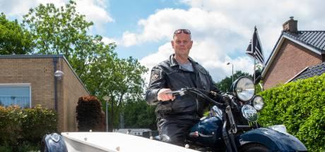 Naar de laatste rustplaats met de Harley Davidson van Ron (59) uit Ermelo