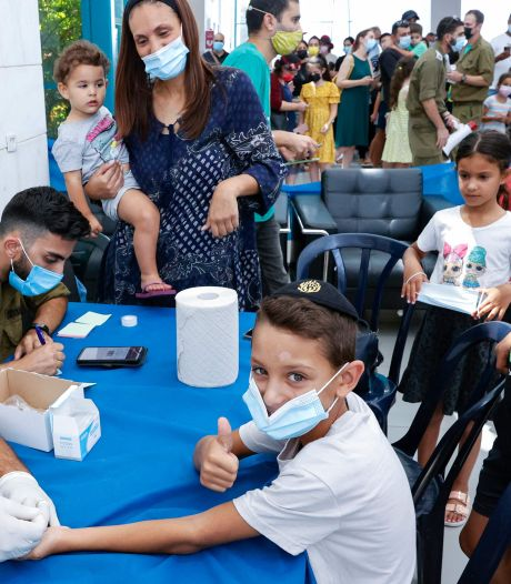 Israël instaure la vaccination dans les écoles à la rentrée