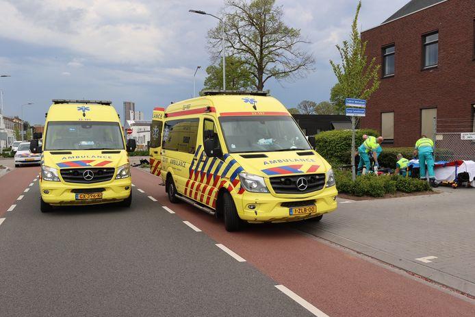 Motorrijder gewond nat botsing met auto in Eindhoven.