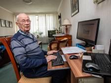 Ton (90) blijft strijden tegen het papegaaien van historische fout: 'Dirk Oosthoek, géén Eisso Reitsma'
