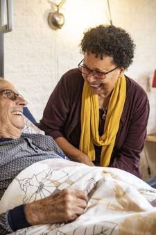 Gerard (87) uit Hengelo over palliatieve zorg: 'Je moet hier niet willen zijn, maar het is wel gezellig'