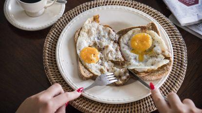 Hoeveel eieren per week mag je nu eten? Nieuwe studie ziet geen graten in opvallend veel