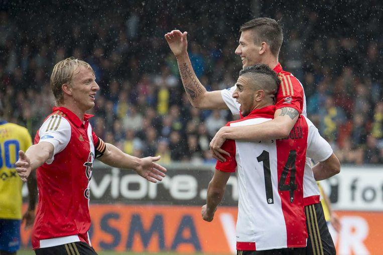 Feyenoord-speler Bilal Basacikoglu en Feyenoord-speler Michiel Kramer vieren de 0-1. Beeld anp