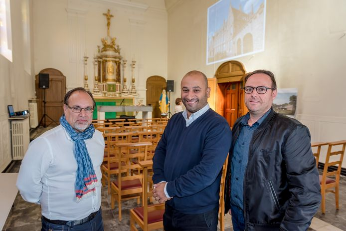 Burgemeester Peter Roose, ondernemer Savas Gumus en schepen Pascal Sticker in 2018 toen de plannen officieel werden voorgesteld.