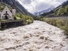 Fortes pluies en Suisse, Berne installe des digues