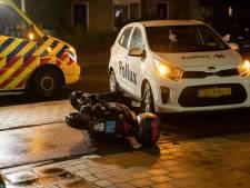 Gewonde bij botsing tussen auto en snorscooter
