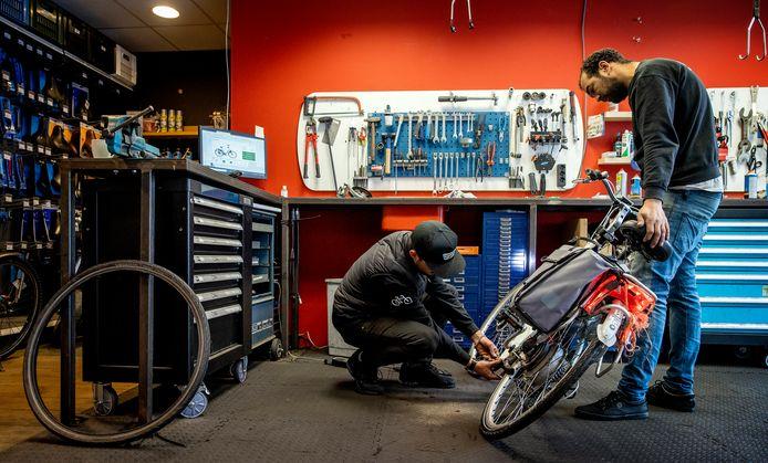 PMT is het pensioenfonds voor de kleinmetaal zoals loodgieters, installateurs en fietsenmakers.