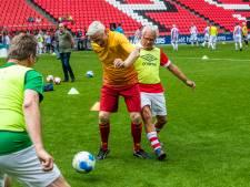 Senioren hebben voetbaldag van hun leven tijdens PSV-clinic voor 65-plussers in Eindhoven