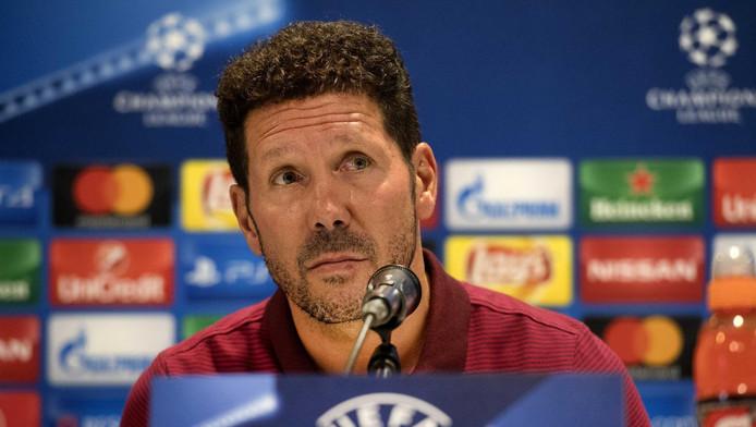 Diego Simeone op de perconferentie in aanloop naar het duel tegen PSV.