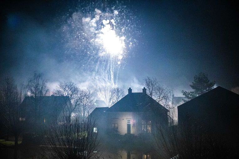 Illegaal vuurwerk, Maasdam. Beeld ANP