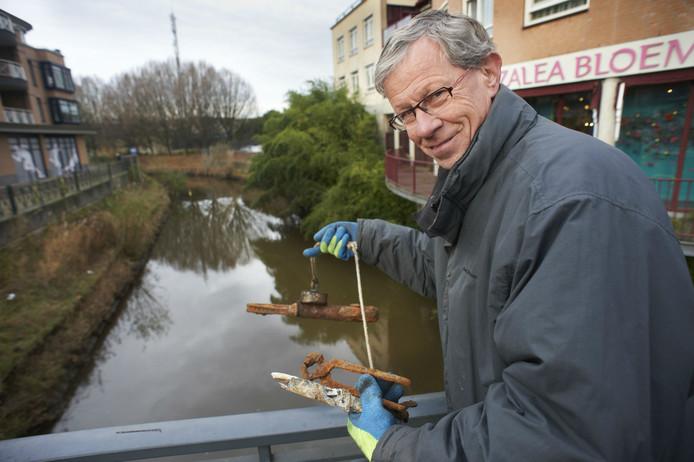 Magneetvisser Henk Driessen.