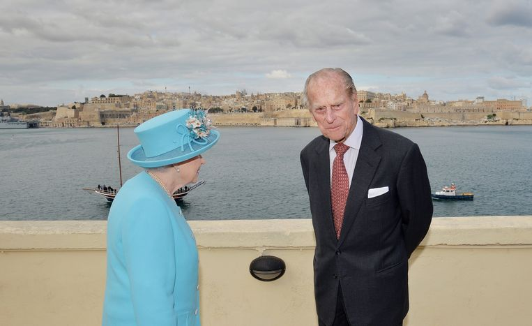 Koningin Elizabeth en prins Philip bezochten in 2015 Malta. Beeld Photo News