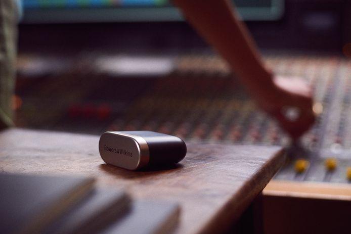 De oplaadcase is zelf ook een Bluetooth-zendertje.