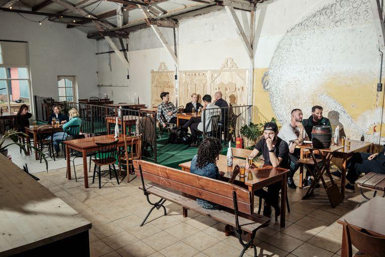 Taverno Willi Becher, Papaverhoek 31. Beeld Jakob van Vliet