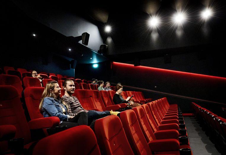 Inmiddels mogen bioscopen, mits ze voldoen aan de coronamaatregelen, weer bezoekers ontvangen.  Beeld ANP
