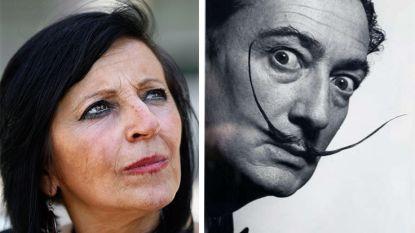 Vrouw die beweerde dochter van Salvador Dalí te zijn, moet kosten van opgraving betalen